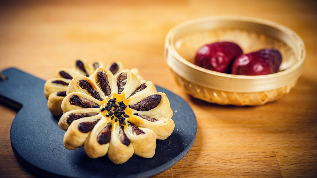 【舌尖上的中国】国风美食——枣泥菊花酥