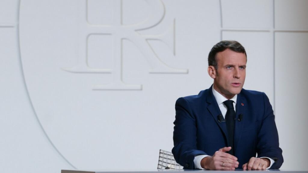 法国总统马克龙11月24日全国电视演讲