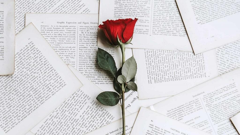 📖为你读诗:我喜欢你是寂静的