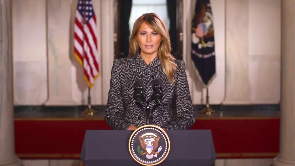 美国第一夫人告别演讲:要选择爱与和平,暴力永远不是答案